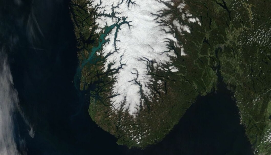 Satellite photo of Hardangerfjorden on May 30, 2020. The phenomenon can still be observed when there is no cloud cover.