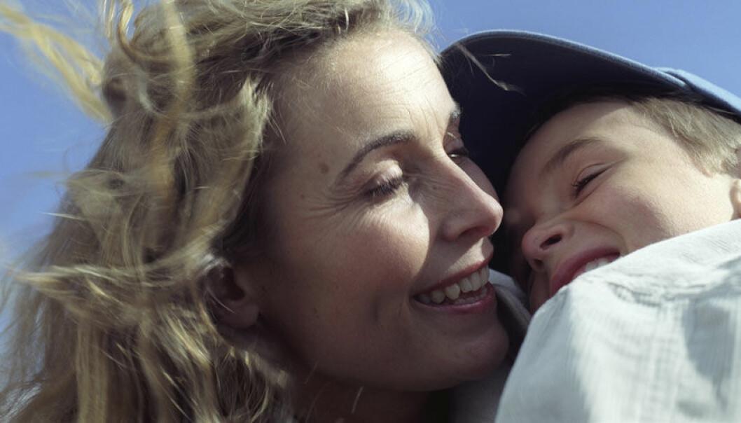 De nye funnene viser at de små fosterbarna er helt gjennomsnittlige når det gjelder tilknytning. Colin Eick, Scanpix