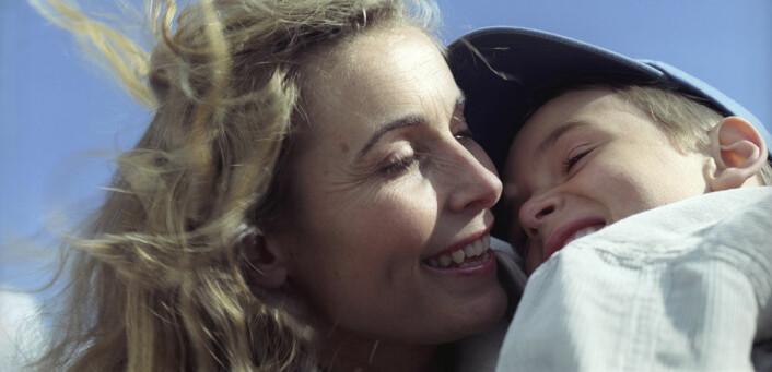 De nye funnene viser at de små fosterbarna er helt gjennomsnittlige når det gjelder tilknytning. (Foto: Colin Eick, Scanpix)
