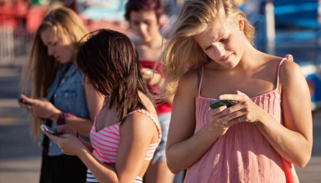 Ungdommer bruker mye tid på nettet – men trenger å bli bedre til å vurdere kvaliteten på informasjonen der.