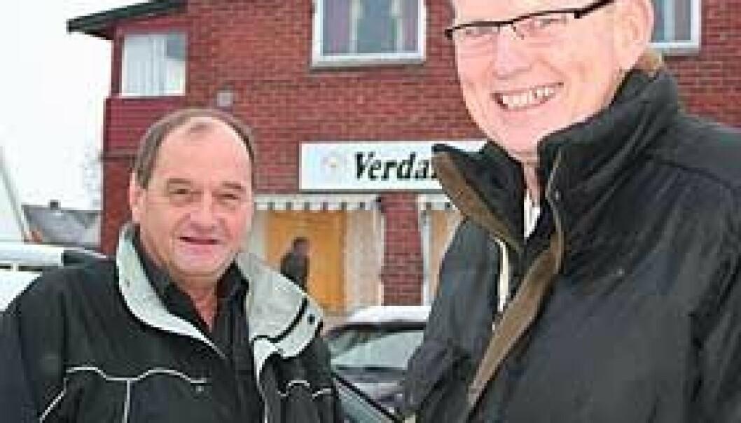 """""""Trafikkskoleinnehaver Bjørn Eriksen (til venstre) ved Verdal trafikkskole og faglærer Stein Magne Olsen ved Høgskolen i Nord-Trøndelag."""""""