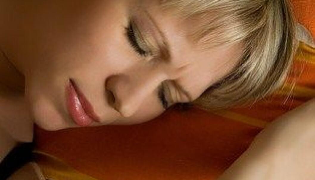 For de fleste kvinnene er orgasmer heldigvis ubetinget deilige. Men hvis de tar p-piller med lav dose østrogen, er det en økt fare for at orgasmen er ledsaget av smerter i underlivet. Colourbox
