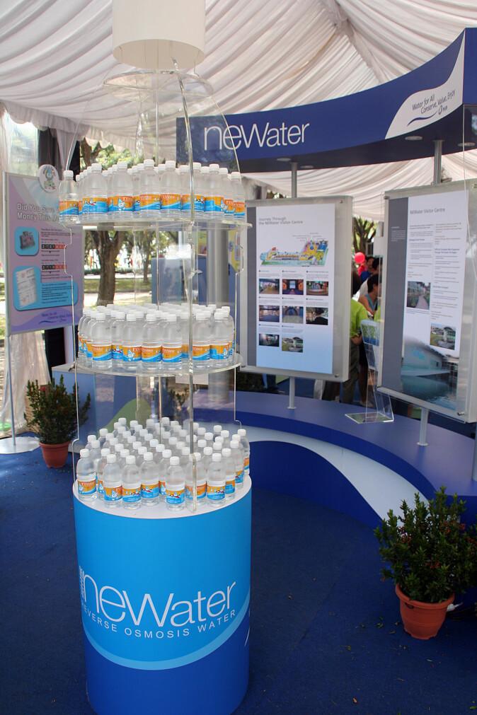 I Singapore kommer allerede over 40 prosent av alt vannet fra kloakken. Det resirkulerte drikkevannet markedsføres som Newater.
