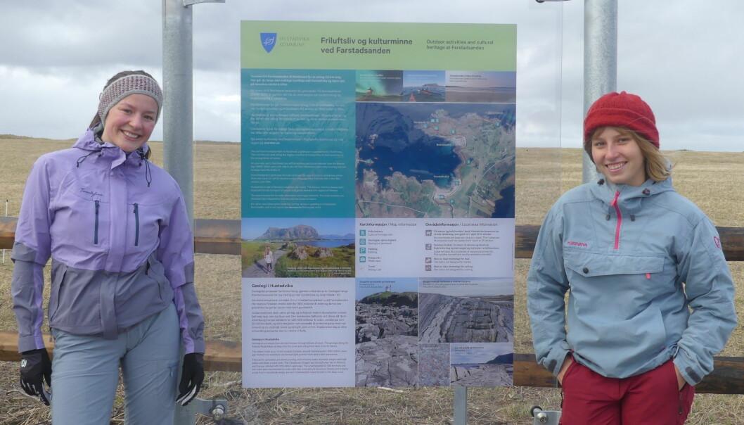 Nye tavler ved Farstadsanden gir informasjon om naturmiljøet og kulturhistorie.