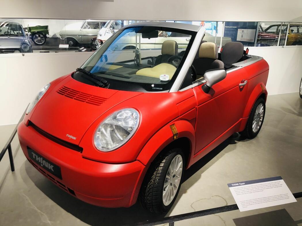Think lagde også en modell uten tak, kalt Think Open. En tøff liten elbil i plast som helt sikkert ville ha vakt oppsikt om du hadde tatt den med ut på veien i dag.