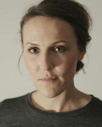 Line Norman Hjorth er forsker i litteraturvitenskap på UiB, og er opptatt av hvordan kvinner møtes i rettsvesenet.