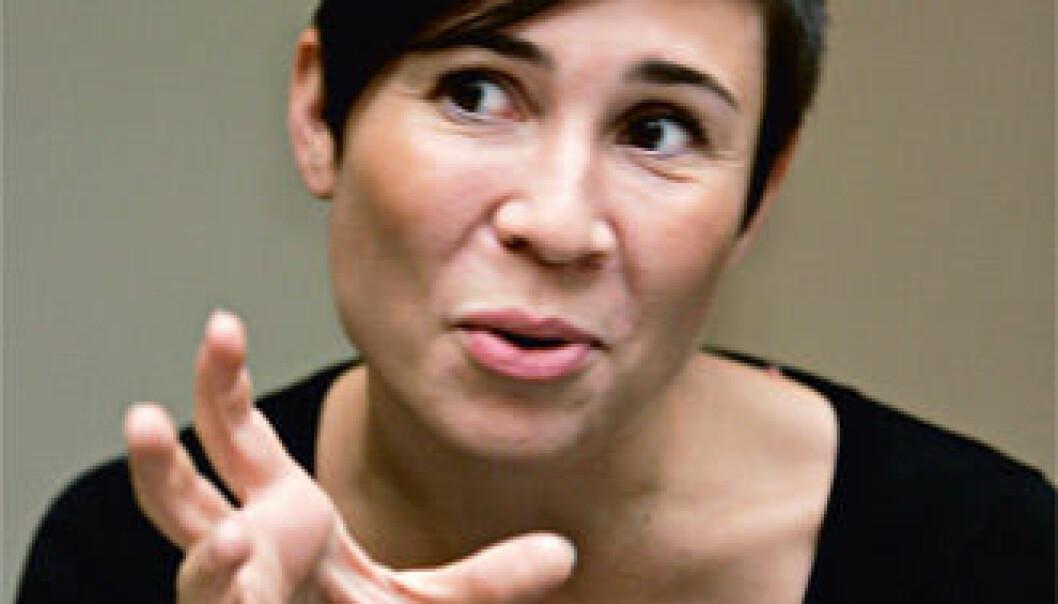 """""""Ine Marie Eriksen Søreide: Regjeringen tar fra forskningen for å gi til forskningen."""""""