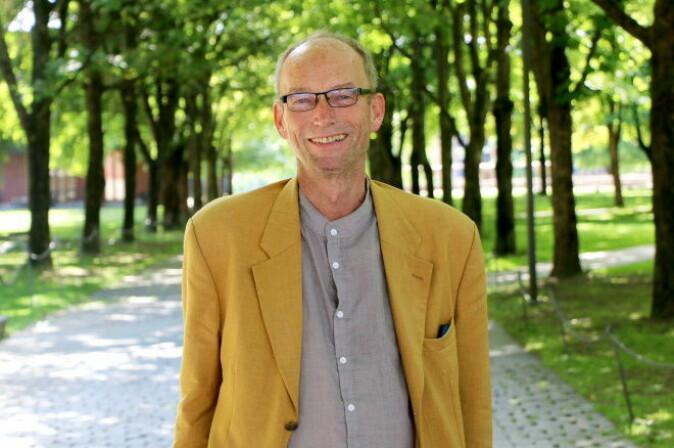 """- I Norge har vi en innarbeidet likhetsideologi, i motsetning til i mange andre land i verden, sier Thomas Hylland Eriksen i podcasten: """"Kan korona-bråstoppen kan gjøre oss mer solidariske?""""."""