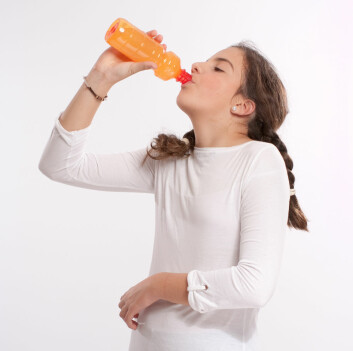 Ungdom drikker mindre sukkerholdig brus, men mer lettbrus. (Foto: Shutterstock)