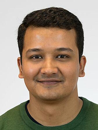 – Ved Farmasøytislk institutt forskar vi på tre ganske like AMPar med bakteriar som opphav, seier Raj Kumar Thapa.