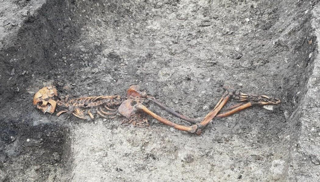 Skjelettet fra en voksen mann ble funnet på Wellwick Farm i England. Jorda som består av mye leire har bidratt til å bevare skjelettet.