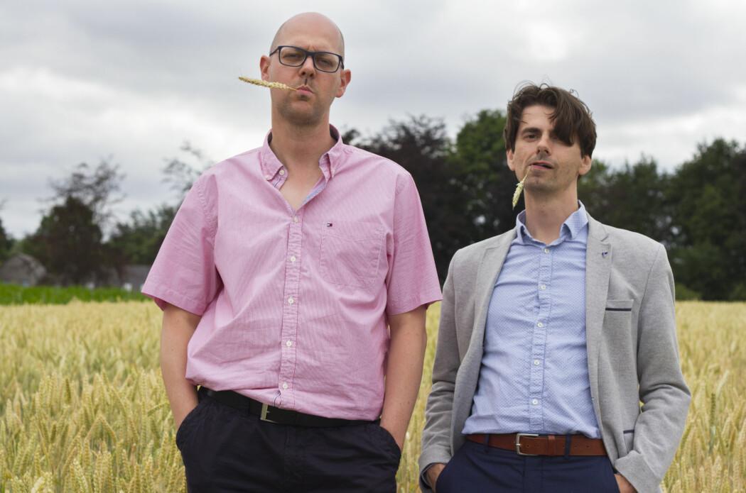 Ive De Smet (til venstre) er plantebiolog mens David Vergauwen er historiker. De var på tur sammen da de kom opp med ideen om å forene de to fagdisplinene for å utforske plantenes historie.