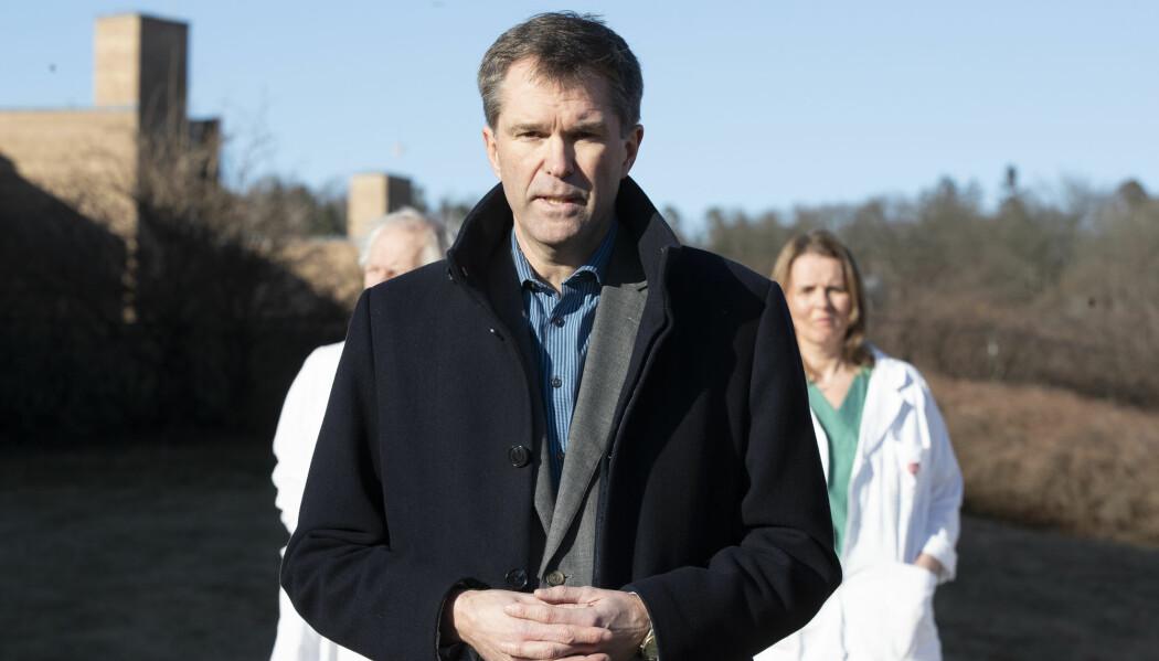 Ansvarlig for WHOs koronastudie og administrerende direktør i Forskningsrådet, John-Arne Røttingen, forteller at foreløpig har det ikke vært store medikamentelle endringer i behandlingen av koronapasienter innlagt på sykehus.