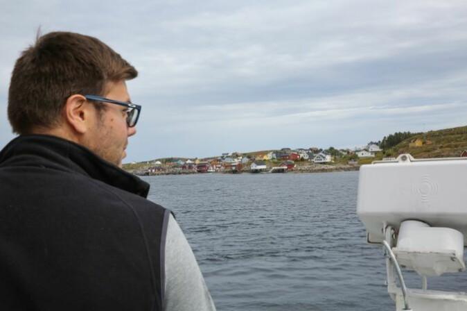 Alberto begynner å bli godt kjent på Mausund. Dette blir hans siste tur for i år.