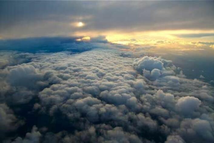 Bildet er tatt da forskerne fløy over et polart lavtrykk i 10 000 meters høyde. (Foto: Erik Kolstad)