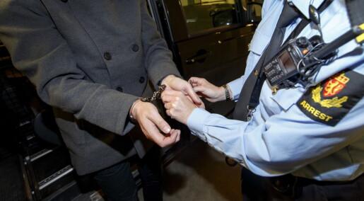 Politivold henlegges oftere av mannlige politiadvokater