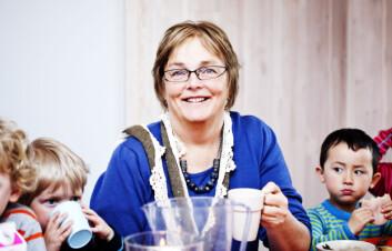 UiS-forsker Berit Grindland mener at barn bør kunne påvirke sin egen lunsjsituasjon i barnehagen, som et ledd i utviklingen mot å bli demokratiske mennesker. (Foto: Elisabeth Tønnesen, UiS)
