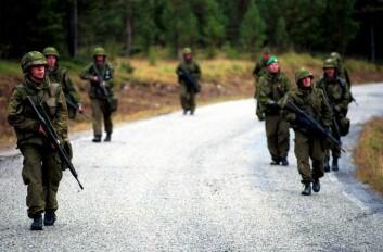 Telemark bataljons siste en øvelse før de sendes til Kosovo. Fra Hjerkinn i 1999. (Foto: Tomas Moss, Forsvarets mediesenter)