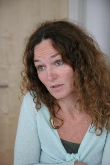 Camilla Stoltenberg ønsker at medarbeidere som har kontakt med medier om saker som Folkehelseinstituttet arbeider med, orienterer sine overordnede.  (Foto: Lise Ekern)