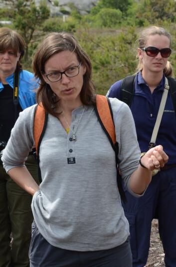 Professor Vigdis Vandvik på Lyngheinettverkets samling i Ytre Hvaler nasjonalpark. (Foto: Morten Günther)