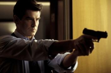 Pierce Brosnan har den tvilsomme æren av å være den mest dødelige James Bond. Her fra filmen Die Another Day. (Foto: Fox Film)