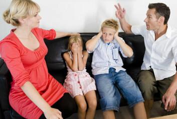 Slagrisikoen kan øke hos menn som har opplevd skilsmisse i hjemmet før fylte 18 år. (Illustrasjonsfoto: www.colourbox.no)