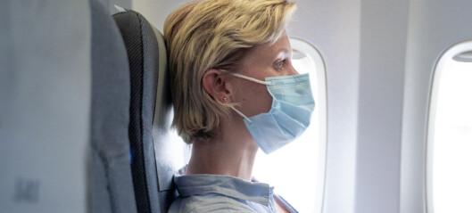 Folk tar seg mindre i ansiktet med munnbind, viser studie