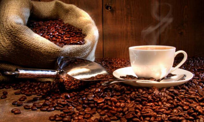 Forskerne har ennå ikke klart å redusere mengden akrylamid i kaffe. Foto: Shutterstock