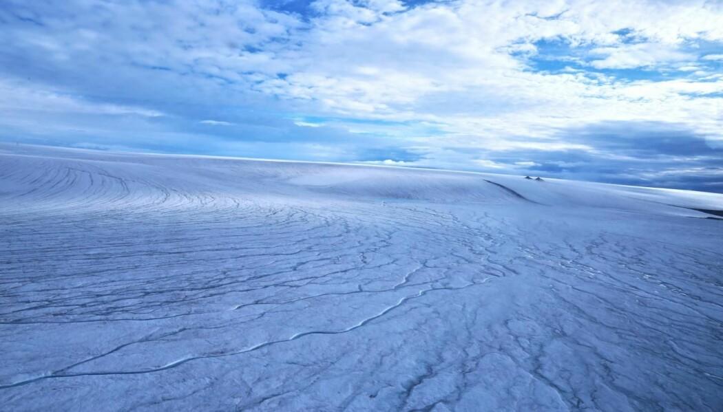 Kanskje lå slike iskapper på overflata av Mars en gang i tida? Dette bildet er tatt på den øde Devonøya, langt nord i Canada.