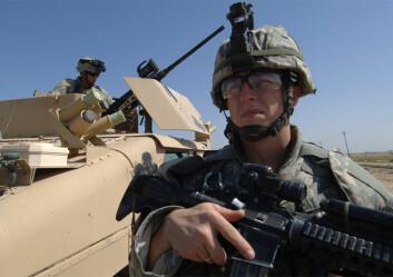 Krig og kamp krever aggresjon og andre evner som kan bli problematiske i hverdagen etterpå, viser en britisk studie. Risikoen for vold øker særlig om soldaten opplevde traumatiske hendelser i løpet av utenlandstjenesten. (Illustrasjonsfoto: Colourbox)