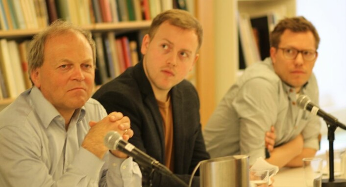 Tore Bjørgo (t.v), Lars Erik Berntzen og Jacob Ravndal forsker alle på høyreekstreme grupper. På et seminar fredag kom det fram at flere forskere hadde fått henvendelser fra Anders Behring Breivik, som ønsker at de skal intervjue ham. (Foto: Johanne Severinsen)