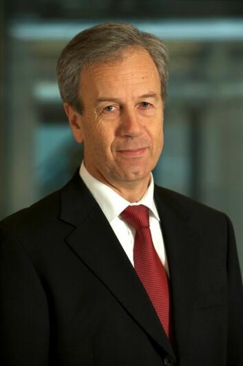 Sentralbanksjef Øystein Olsen har justert pengepolitikken, og legger mer vekt på andre faktorer enn inflasjonen. (Foto: Nancy Bundt)
