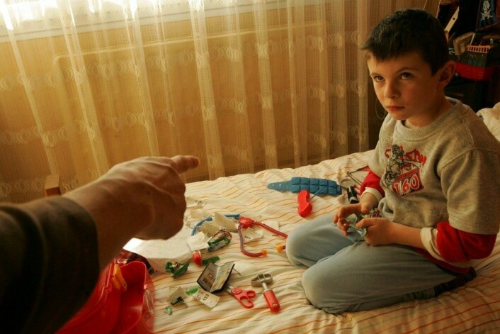 Enkelte barn er meir påvirkbare av omgivnadene enn andre. Svaret kan ligge i spesielt formbare gen. (Foto: Colourbox)
