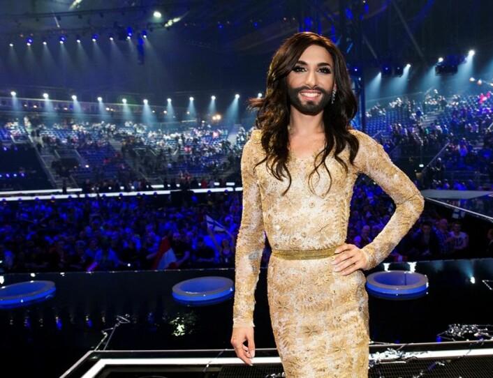 Musikkforsker mener at Melodi Grand Prix er smekkfull av politiske dagsordener. Her er Conchita Wurst fra Østerrike som vant årets konkurranse. (Foto: Erlend Aas / NTB scanpix)
