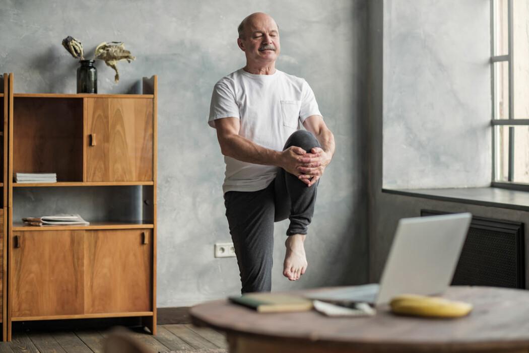 En time trening på kontoret i uken kan kanskje bringe oss litt mer i balanse.