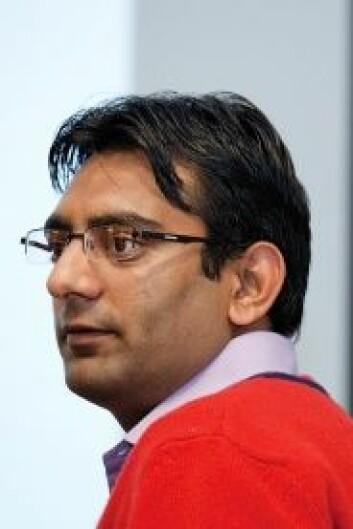 Faisal Mirzas analyse viser at de fem største strømleverandørene har større skjevheter i prisjusteringene enn gjennomsnittet. (Foto: Håkon Sparre)