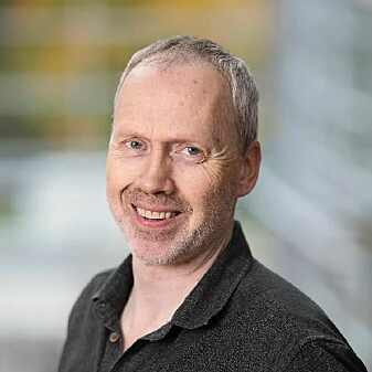 Mons Bendixen er professor ved psykologisk institutt på NTNU. Han forteller at sjalusi i utgangspunktet ikke er negativt - men at vi må skille mellom normal sjalusi og sykelig sjalusi.