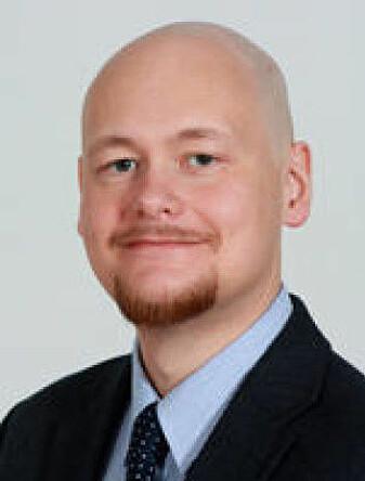 Are Raklev er professor ved Fysisk institutt ved Universitetet i Oslo.