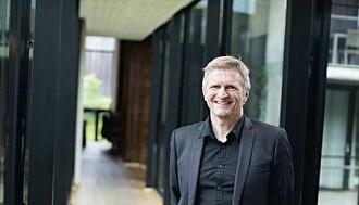 – De første tegnene på begynnende demenssykdom er ofte uro, aggresjon, vrangforestillinger eller depresjon, sier Geir Selbæk ved Nasjonal kompetansetjeneste for aldring og sykdom.
