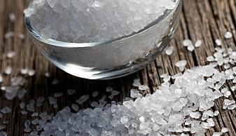 Nesten alle spiser for mye salt