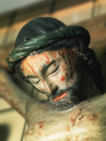 Å spise salt sild og blodpudding var en gang en vanlig påsketradisjon i Norge. Man skulle bli minnet om Jesu lidelse på korset. (Foto: Scanpix)