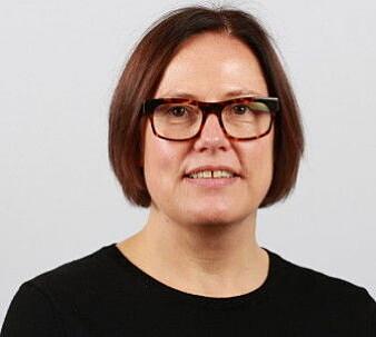 Professor Rigmor Baraas mener det er viktig at nærsynte barn og unge får synsundersøkelser som finner riktig brytningsfeil, før noen behandling blir bestemt.