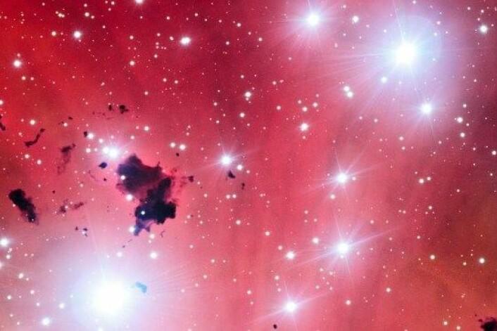 6500 lysår unna oss produseres det nye stjerner i denne tåka. (Foto: ESO)