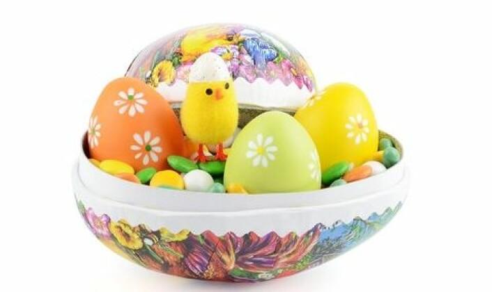Den eneste form for lidelse vi moderne mennesker står overfor i dag, er at vi helst skal ligge unna påskeegget til påskeaften. (Foto: Colorbox)
