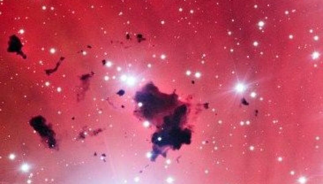 6500 lysår unna oss produseres det nye stjerner i denne tåka. ESO