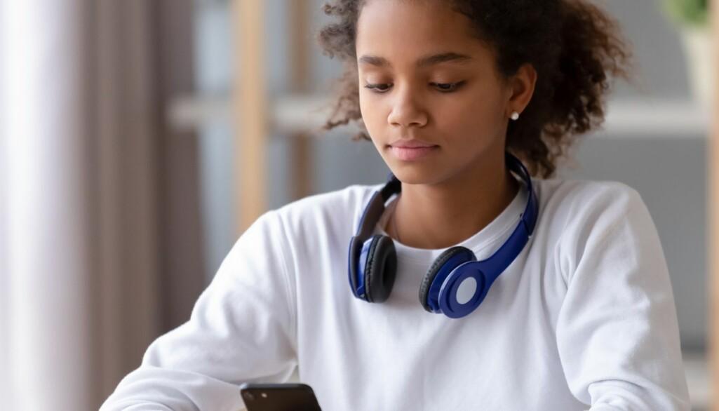 – Tenåringenes erfaringer kan fortelle oss noe allmenngyldig om ungdomsgenerasjonen og tiden og samfunnet vi lever i, sier Marie Eriksen.