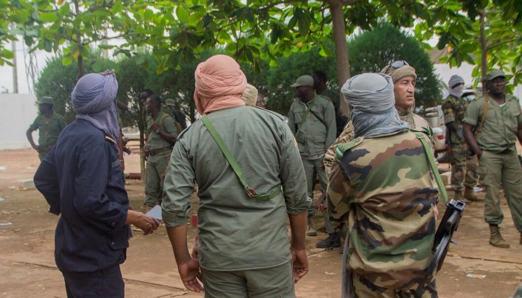 Fra hemmelige motorsykkelturer i Kongo til ubehagelige møter i mørke bakgårder i Mali. Forvirring, feiltrinn og fare kan oppstå når forskere drar på feltarbeid i konfliktsoner.