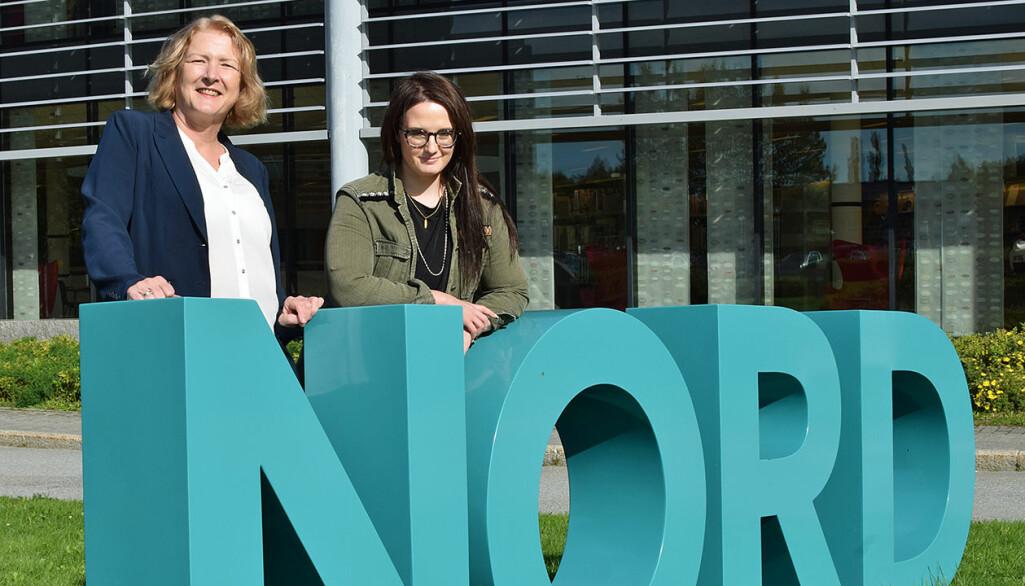Ingrid Fylling og Anne Tjønndal er veldig godt fornøyd med å vinne det faglitterære forfatterstipendet fra Cappelen Damm Akademiske, og de gleder seg veldig til å skrive bok sammen.