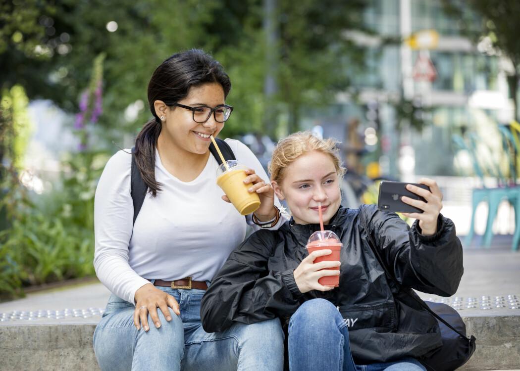 Unge mellom 13 og 17 er mye mer skikkelige enn før. Andelen som har vært beruset av alkohol det siste året, har stupt. (Foto: Gorm Kallestad / NTB scanpix)