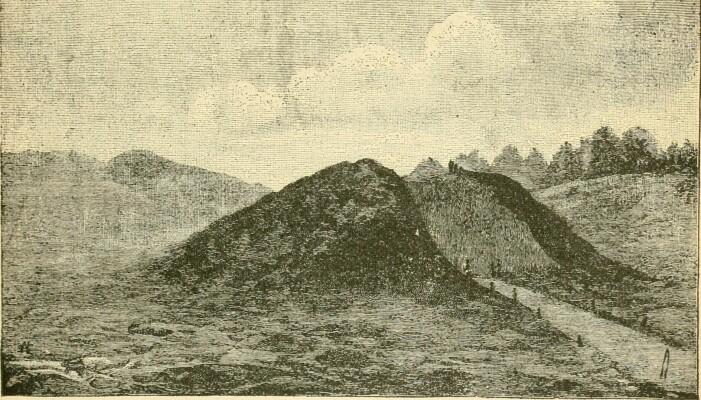 En illustrasjon som viser utgravningen i haugen fra 1890-tallet, hentet fra en rapport fra Smithsonian Institution.